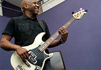 free bass lessons from Nathan East